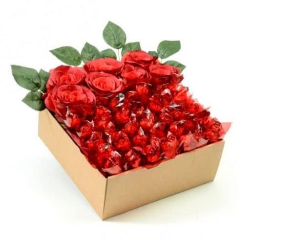 אהבה באדוםמארז שי מושלם ליום נישואין , יום הולדת